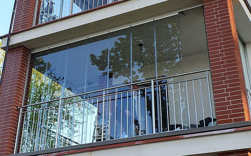 Zabudowy balkonów itarasów